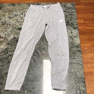 GREAT CONDITION NIKE SWEATPANTS